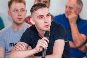 Леонид Гозман в Костроме заявил о начале российской цветной революции