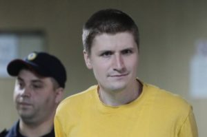 Знаменитого блогера Синицу этапируют в костромскую тюрьму