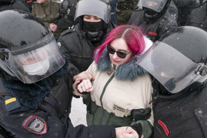 Наталья Смирнова на протестной акции в Костроме 31 января 2021