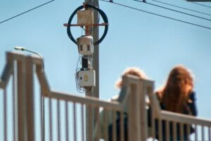 Дорожная камера на мосту в Костроме